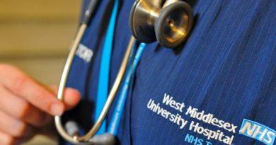 Doktor Malaysia warga ke-5 tertinggi berkhidmat di UK.